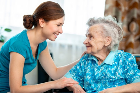 6-Benefits-Seniors-Derive-from-a-Casual-Conversation